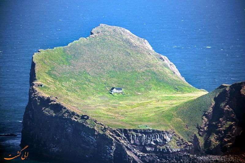 ساکنان جزیره Elliaey در ایسلند