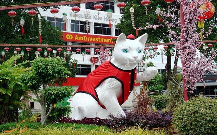 مجسمه گربه های کوچینگ
