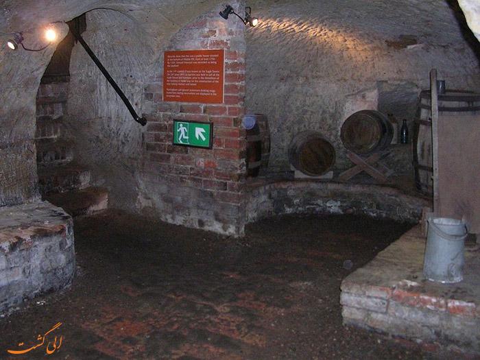 داخل غارهای نتینگهام در انگلستان