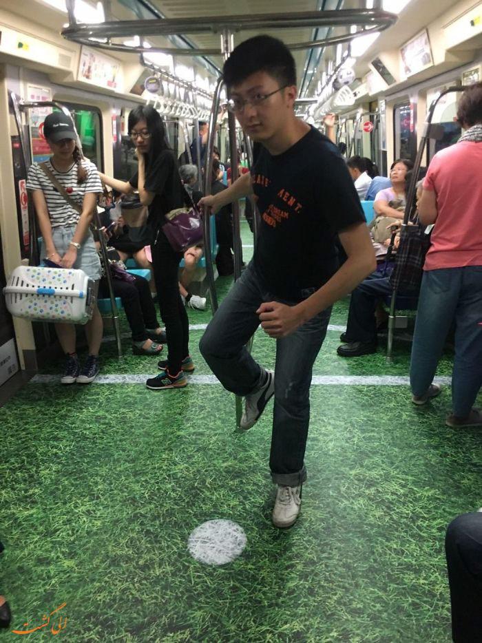 عکس ماشینی در تایپه به شکل زمین چمن