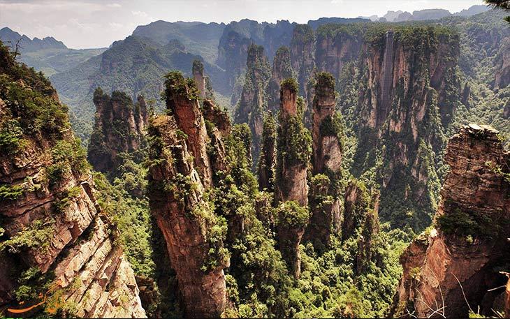 کوهستان تیانزی عجیب