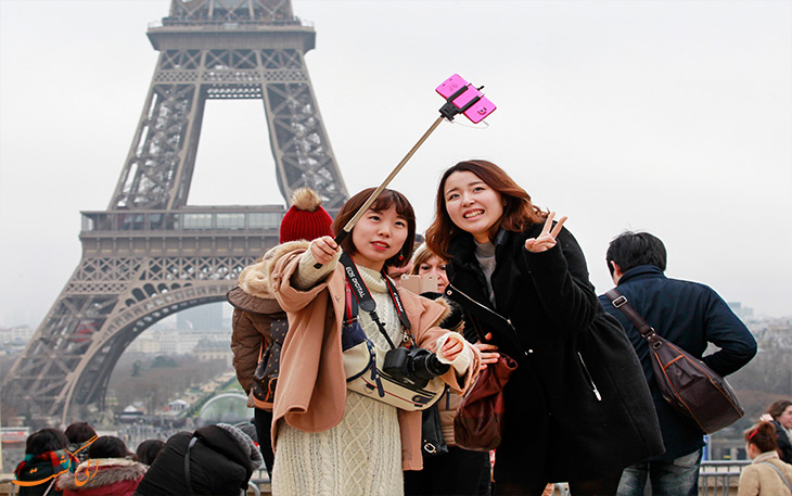 گرشگران پاریس