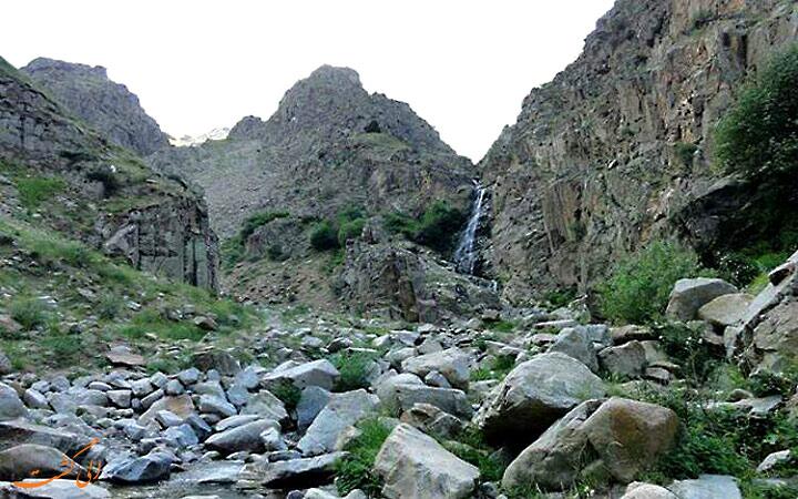 سنگ-های-جهنم-دره