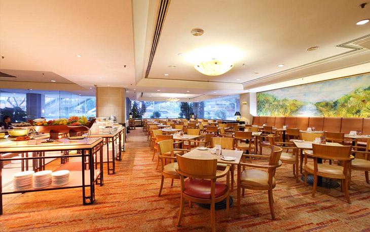 رستوران هتل کورس در مالزی