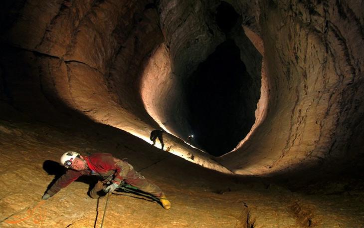خطرناک ترین غار ایران