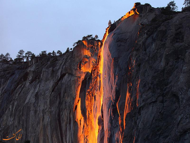 آبشار آتش در پارک یوسمیت آمریکا
