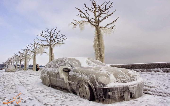 ماشین یخ زده