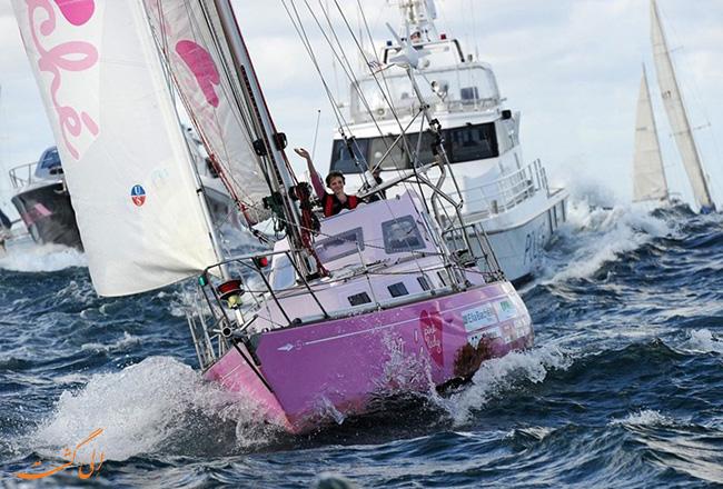 ماجراجویی دختر 16 ساله در اقیانوس
