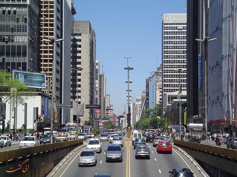 خیابان پائولیستا در سائوپائولو