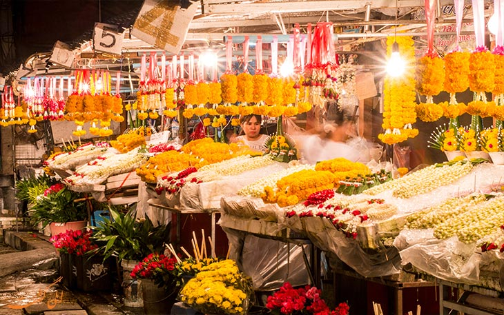 یکشنبه بازار چیانگ مای