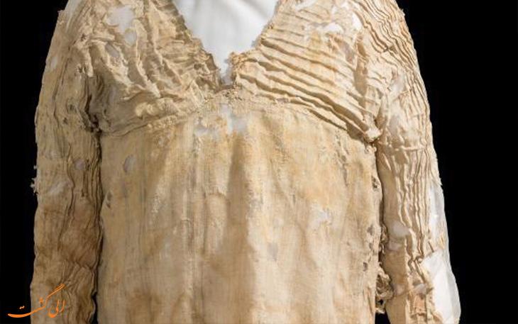 قدیمی ترین لباس به جای مانده