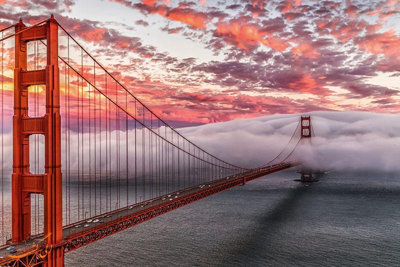 پل گلدن گیت در کالیفرنیا