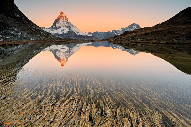 کوه های آلپ بین ایتالیا و سوییس