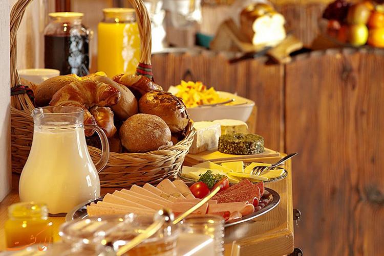 صبحانه رایگان | سفر ارزان به اروپا