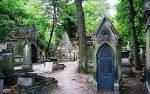 پرلاشز، یکی از معروف ترین قبرستان های دنیا