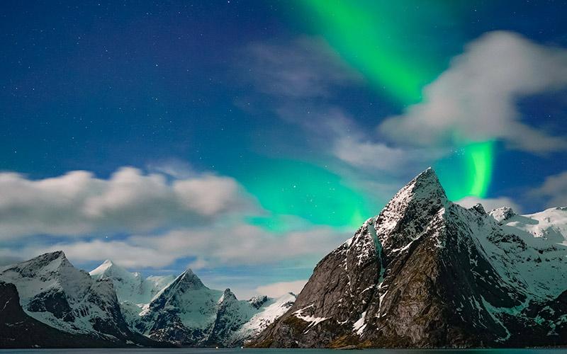 شفق قطبی در لوفوتن