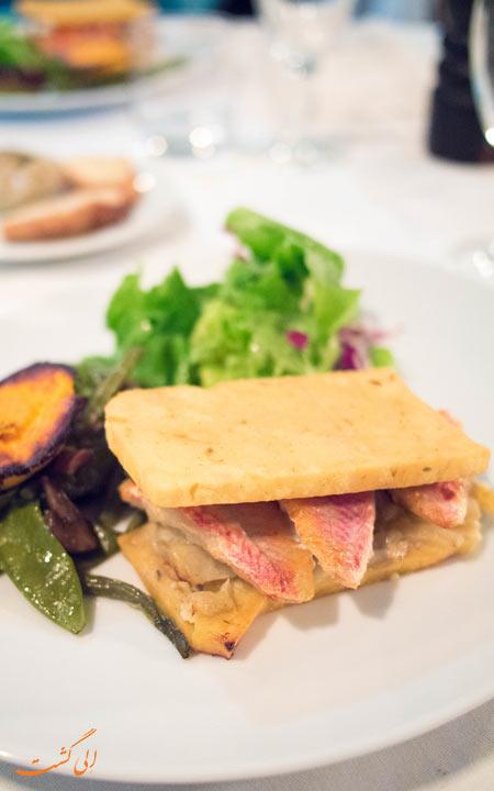 ساندویچ ماهی