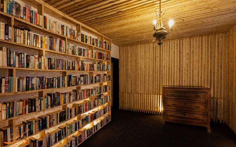 هتلی برای عاشقان کتاب