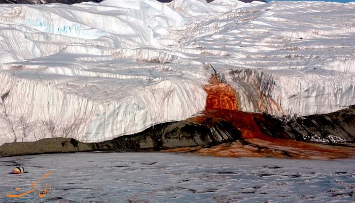 آبشارهای خون در قطب جنوب