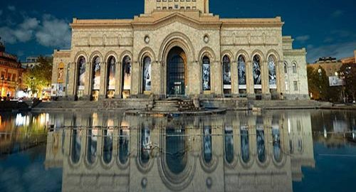 انتقال آثار موزه ارمنستان به ایران