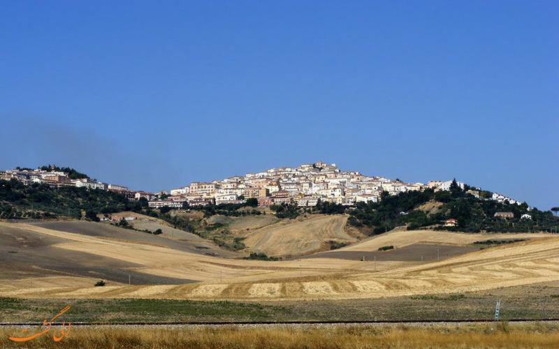 روستایی زیبا در ایتالیا