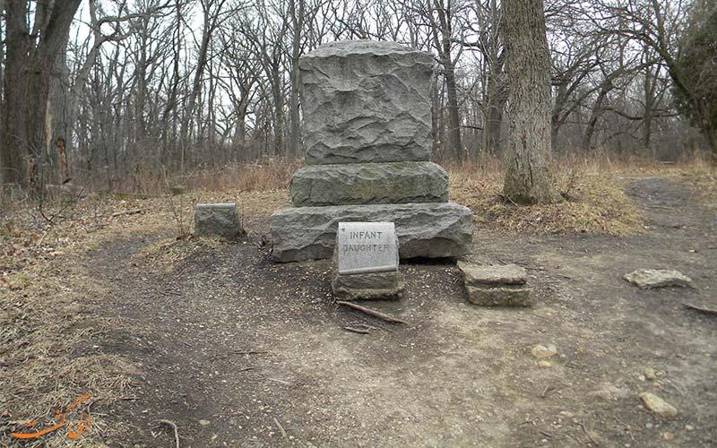 قبرستان بچلر گرو