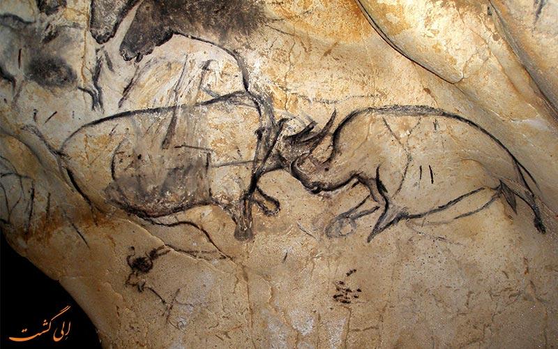 حیوانات نقاشی شده در غار دست