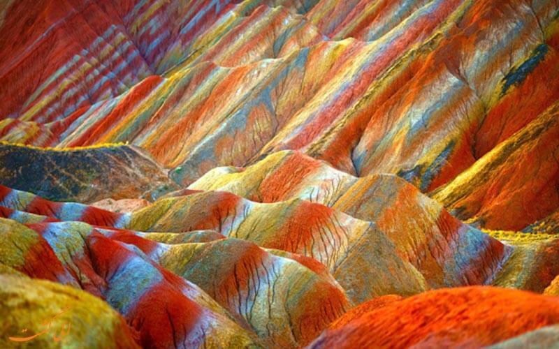 کوه های رنگین چین