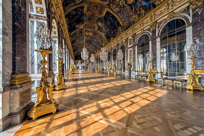 داخل کاخ ورسای پاریس