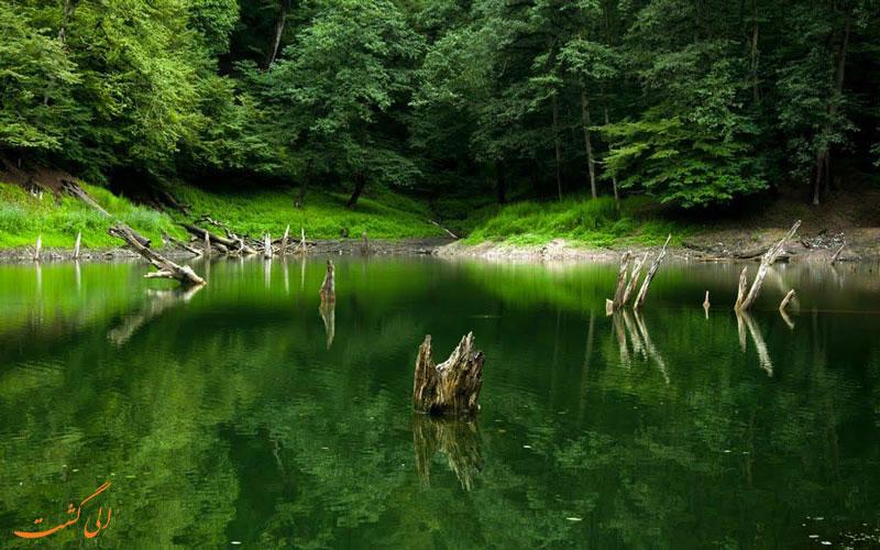 دریاچه زیبای چورت