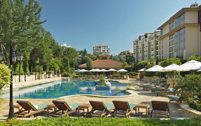 استخر هتل گرند حیات استانبول