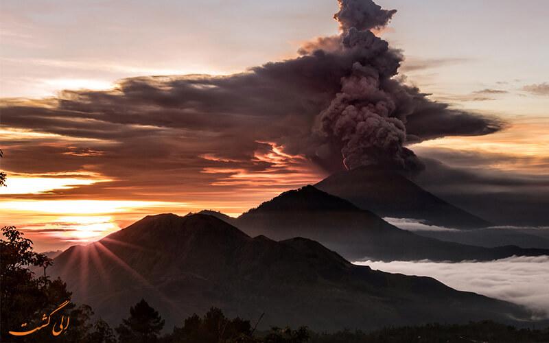آتفششان آگونگ بالی