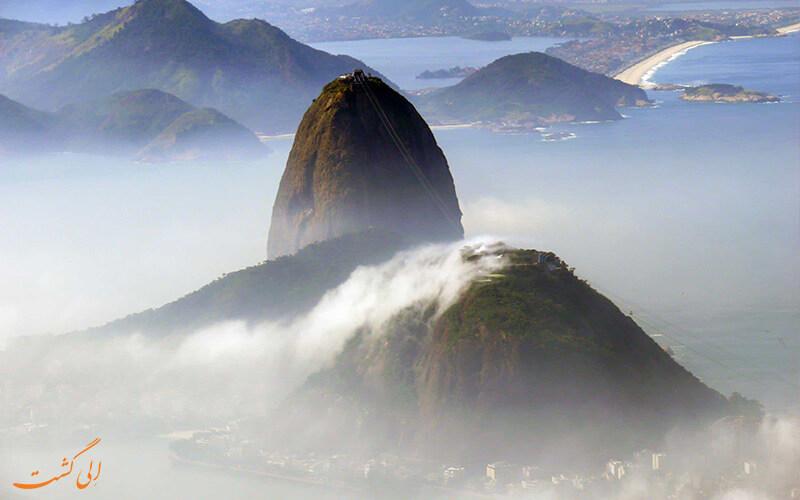 کوه کله قندی ریو
