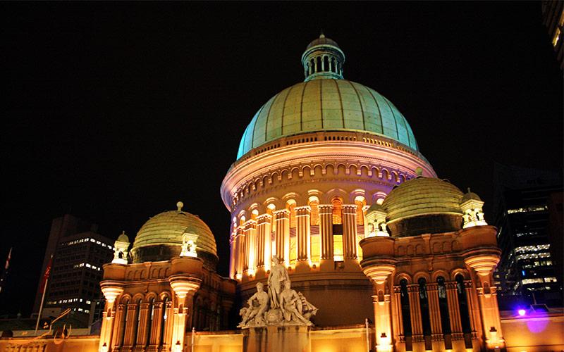 ساختمان ملکه ویکتوریا