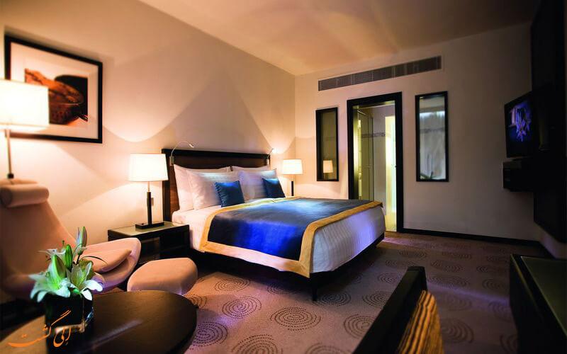 AVANI-Deira-Dubai-Hotel--eligasht-(1)