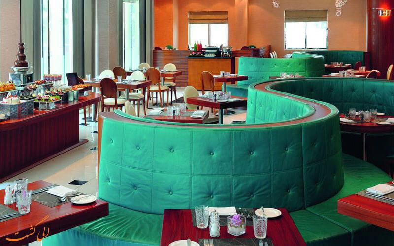 AVANI-Deira-Dubai-Hotel--eligasht-(4)