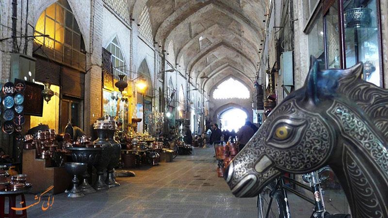 سردر بازار قیصریه اصفهان