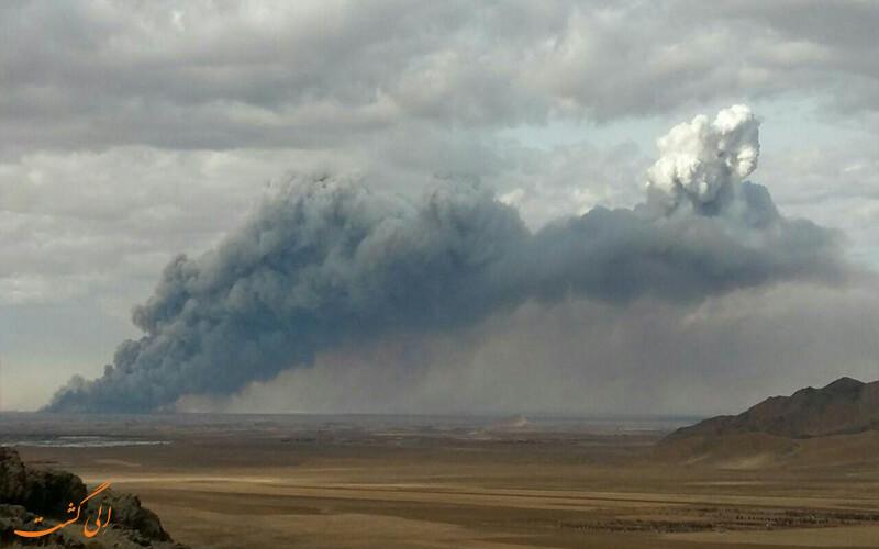 آتش سوزی در تالاب میقان اراک