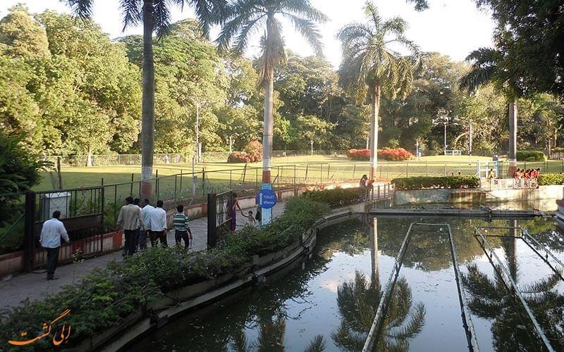 باغ ساراس در پونه