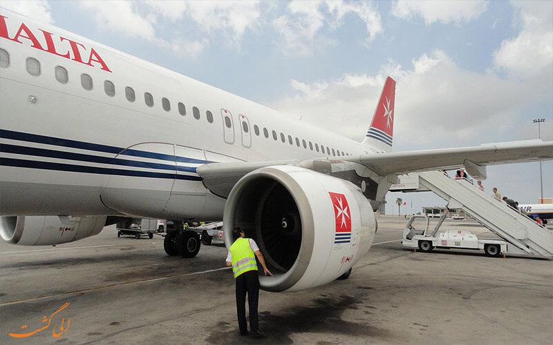 مامورین چک کردن امنیت فنی هواپیما