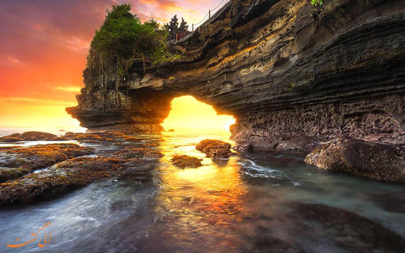 غار ساحلی اولوواتو