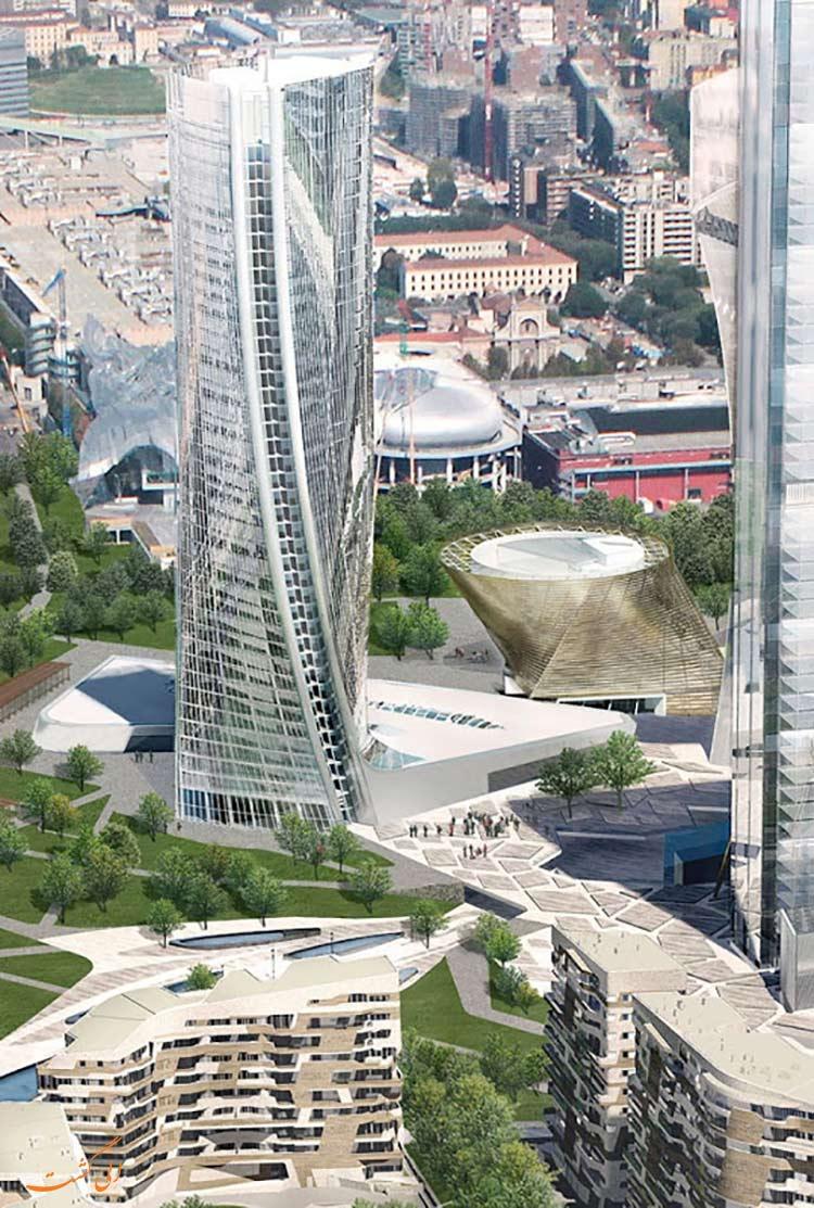 برج حدید در میلان ایتالیا