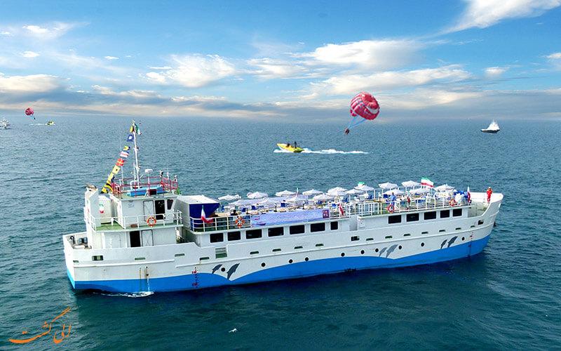 کشتیئهای تجاری و باری در کیش