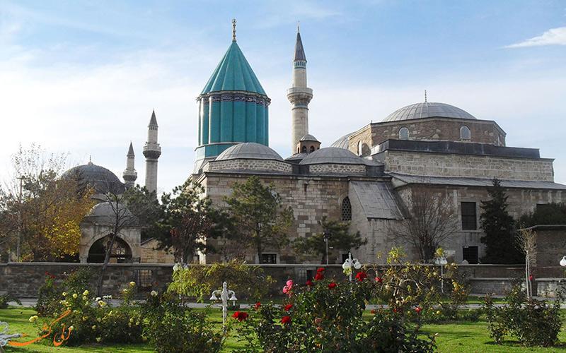 آرامگاه مولانا در قونیه