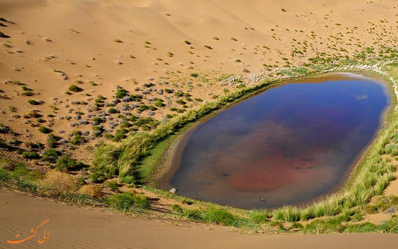 دریاچه های اسرار آمیز بیابان چین