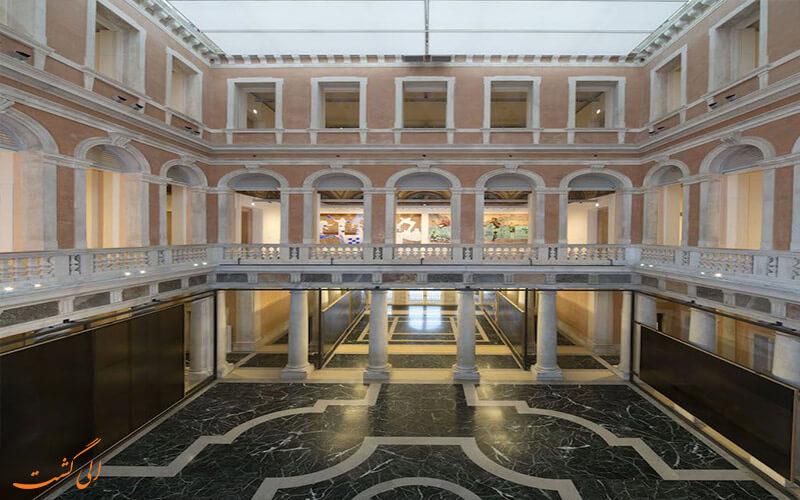 ساختمان Palazzo Grassi