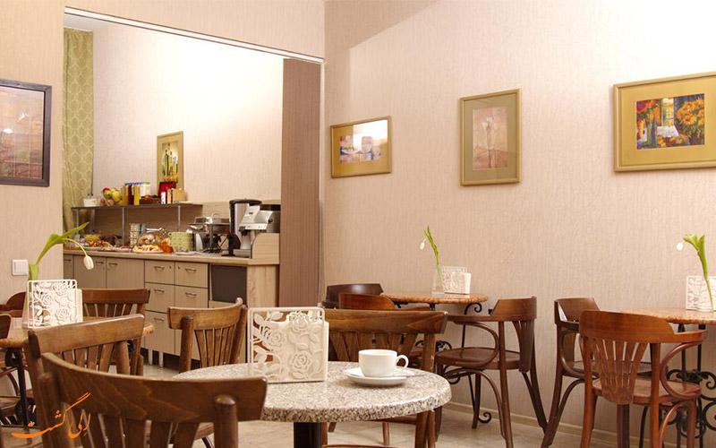 هتل نوستکی سنترال سنت پترزبورگ | رستوران
