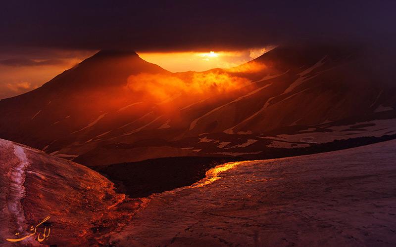 غروب قله آراگاتس ارمنستان