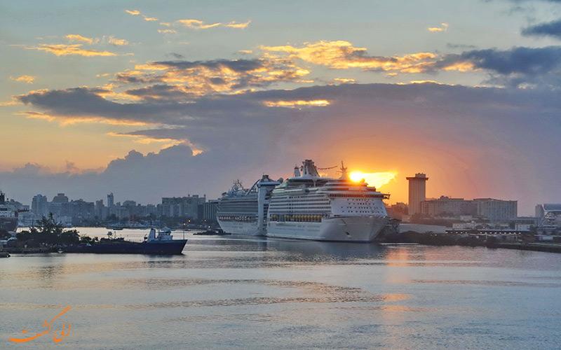 کشتی کروز در بندر سن خوان