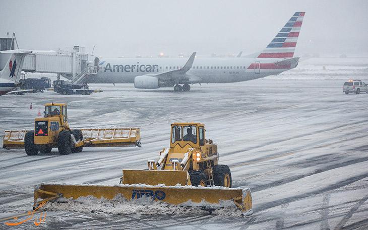 باند فرودگاه و فرود در برف